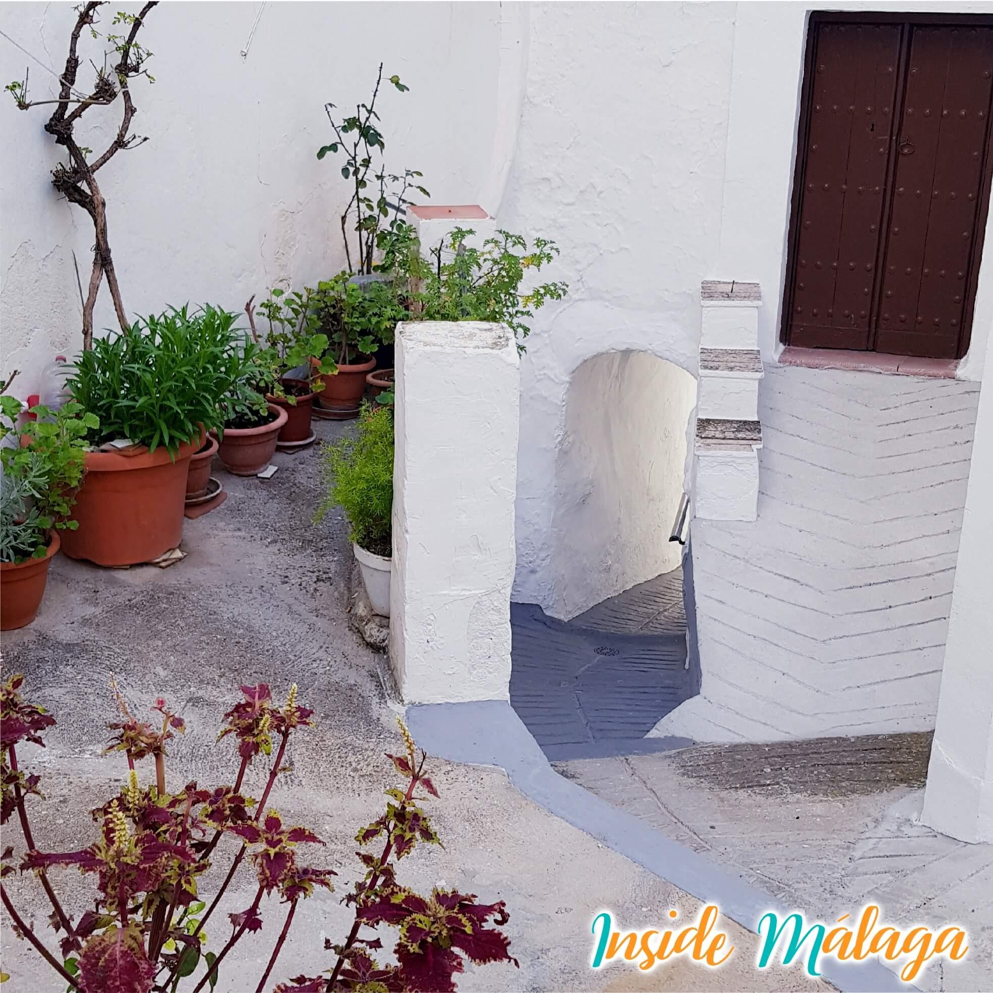 Muralla Castillo Tolox Malaga