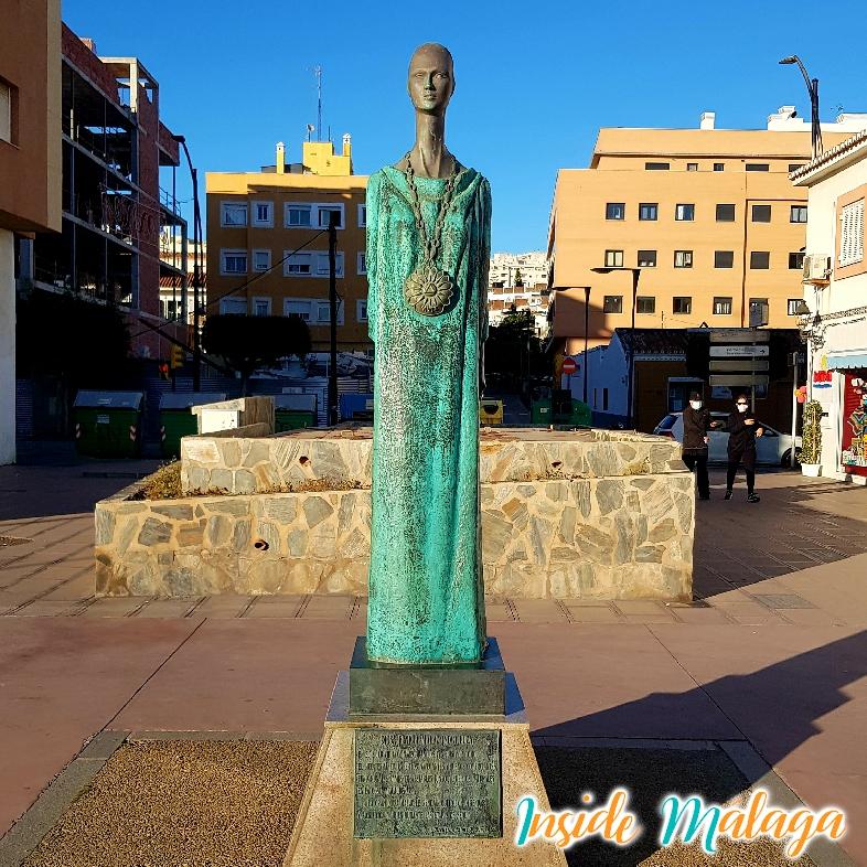 Monumento Estatua Diosa Malac Noctiluca Rincon de la Victoria