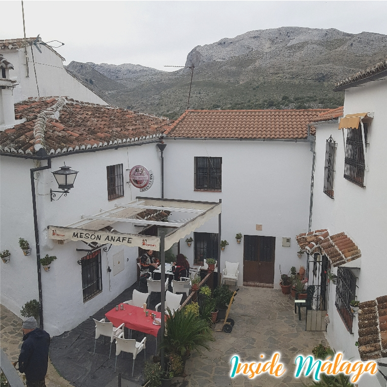 Restaurant El Anafe Eat in Parauta