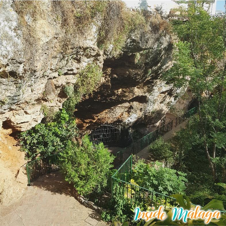 Cuevas de Ojen Malaga