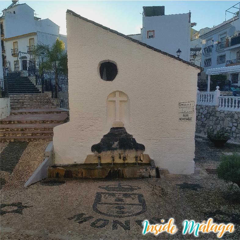 Fountain de la Jaula Monda