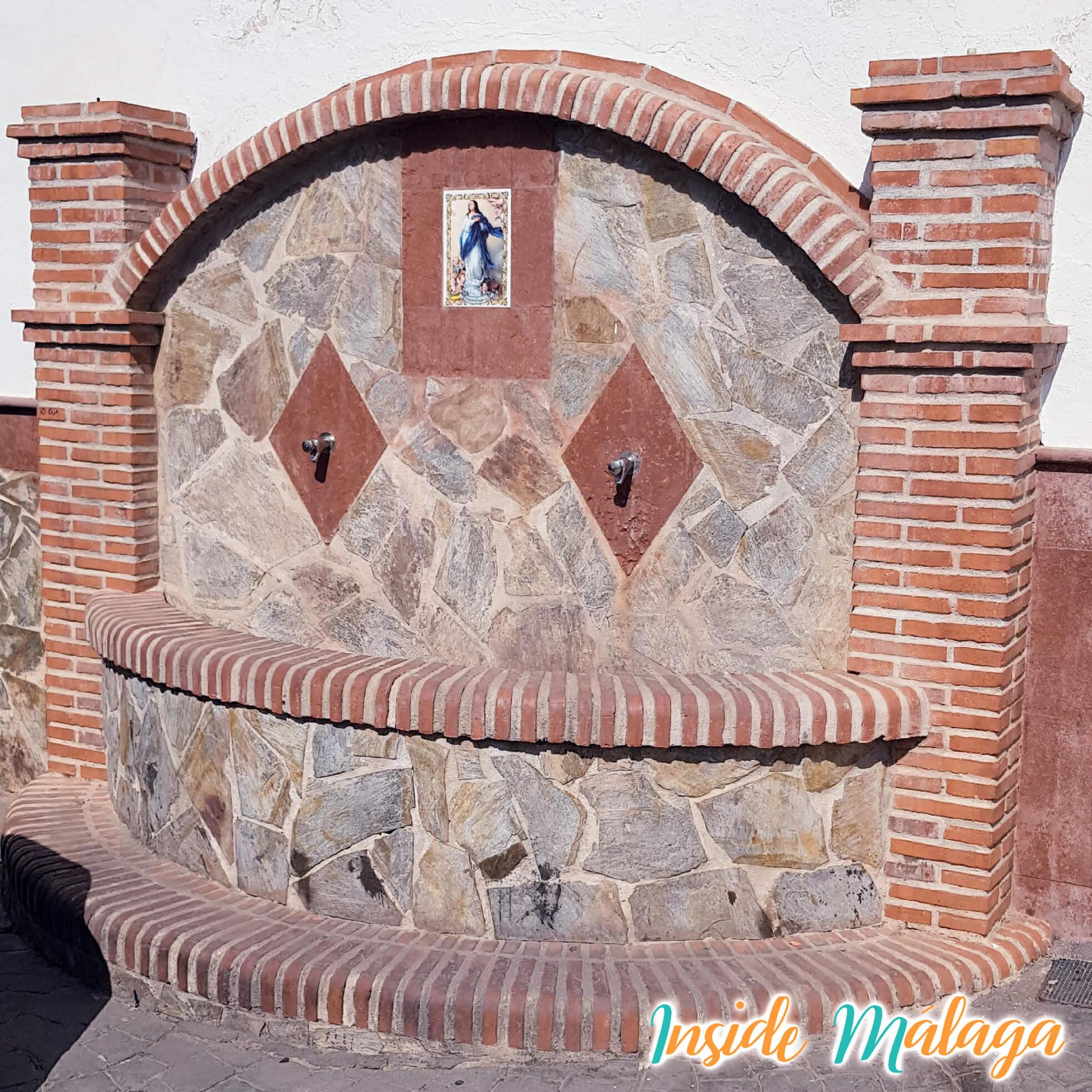 Fuente Iglesia Guaro Malaga