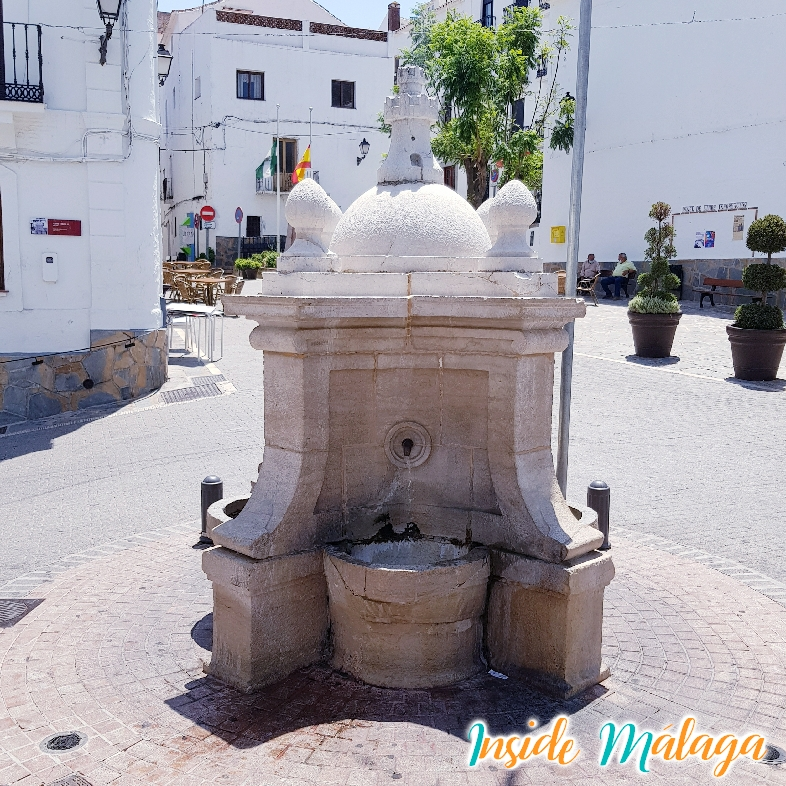 Fountain King Charles III Casares