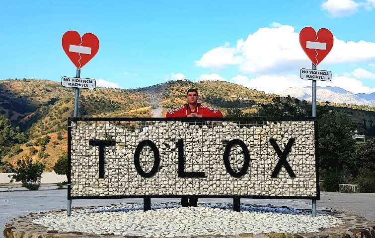 Entrance of the village Tolox