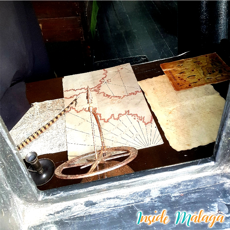 Nao Victoria Cartas Navegacion Fuengirola Malaga