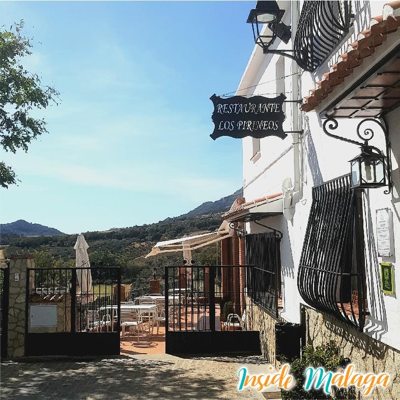 Restaurant Los Pirineos Eten Alfarnatejo Malaga